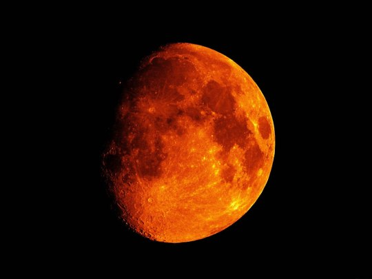 (it takes place around a blood moon)